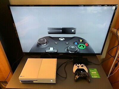Xbox One Console 500Gb White With 2 Controllers And 12 Months Xbox Live Gold.