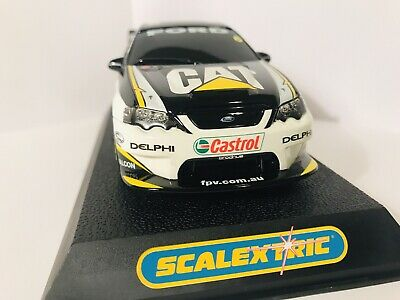 Scalextric V8 Supercar Craig Lowndes C2615 MINT Condition