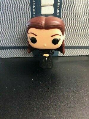 Game of Thrones - Sansa Stark - Funko Pop #28 Valuted  Retired Out of Box OOB
