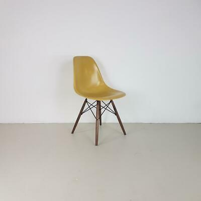 EAMES DSW CHAIR HERMAN MILLER OAK DOWEL BASE 50s 60s LIGHT OCHRE