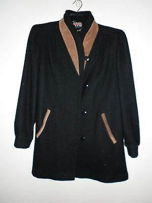 New York Girl Ladies Vintage Jacket in Black with a Tan Trim Size 10