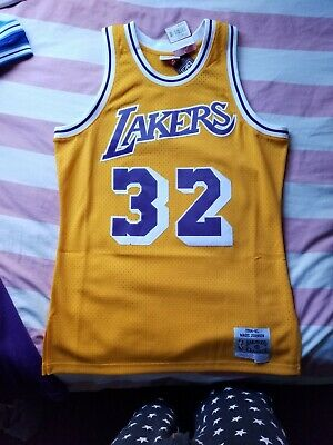 0a00e93afeb NWT Magic Johnson Los Angeles Lakers Mitchell And Ness Jersey Medium 84-85
