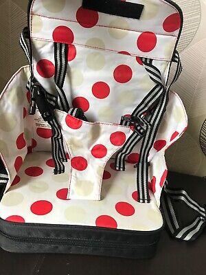 Polar Gear 5 Point Harness Travel Booster Seat, Black. Used but good condition