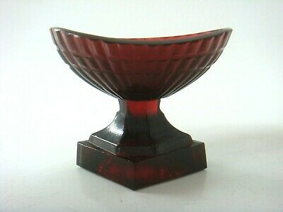 Unusual Victorian Cranberry Glass Bristol? Fine Eye Bath Of A Nice Shape C1870