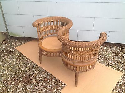 VERY SCARCE ANTIQUE WICKER DOUBLE PHOTOGRAPHERS CHAIR, 1890s