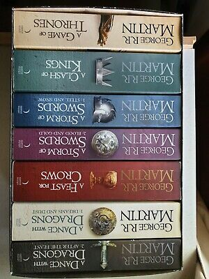 A Game of Thrones: The Story Continues: The complete boxset of all 7 books (A S…