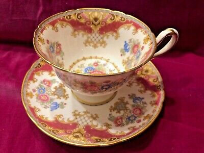Shelley Sheraton Tea Cup and Saucer Gold Twisted Handle pink