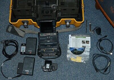 Fujikura FSM-70R Fusion Splicer mit CT-30 Cleaver - Total Arc Count 1133