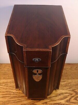 ATTRACTIVE GEORGIAN MAHOGANY KNIFE BOX c.1790 LATER CONVERSION TO GENTS BOX