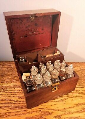 EXCELLENT EARLY VICTORIAN MAHOGANY APOTHECARY BOX WITH EXTENSIVE FITTINGS c.1855