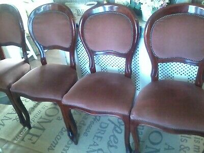 Set of 4 Beautiful victorian Antique Mahogany balloon back dining room chairs