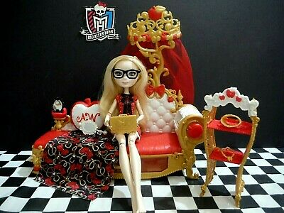 Swell Ever After High Apple White Barbie Doll W Accessories Ocoug Best Dining Table And Chair Ideas Images Ocougorg
