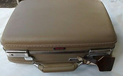 Vintage American Tourister Hardshell Small Suitcase Luggage Carry On Beige