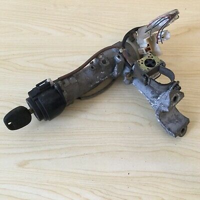 1999 Toyota Camry Ignition Barrel With Key 45020-33-4