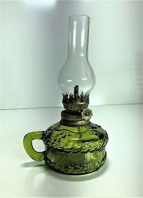 Emerald Green Miniature Kerosene Finger Oil Lamp With Chimney | Post-Depression