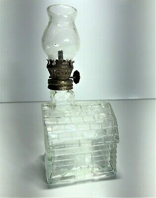 House Shaped Miniature Kerosene Finger Oil Lamp With Chimney | Post-Depression