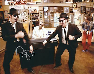 DAN AYKROYD SIGNED THE BLUES BROTHERS 8x10 PHOTO - UACC & AFTAL RD AUTOGRAPH