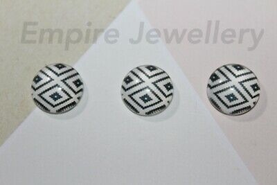2 x Black & White Pattern #2 12x12mm Glass Dome Cabochon Cameo Chevron Geo