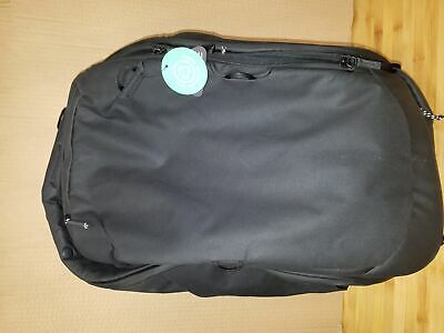 Peak design 45L Travel backpack collapses to be a 35L day bag Black