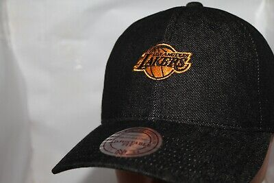 check out f087d 77a26 Los Angeles Lakers Mitchell   Ness NBA Black Denim Slouch Pull-Thru,Hat,