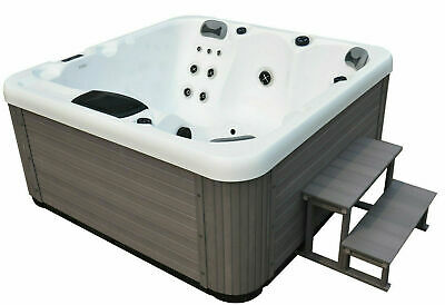MIAMI SPAS DERBY 2019 BRAND NEW LUXURY HOT TUB SPA WHIRLPOOL 5 Seats **OPAL**
