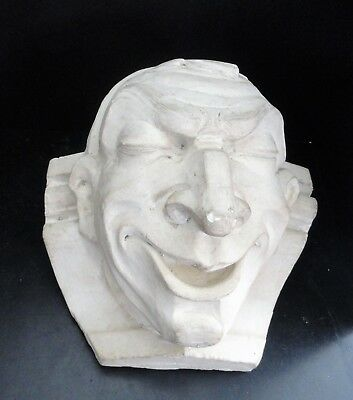Grotesque Cara Sonriente - Yeso, Might Have Been Usado para Interior
