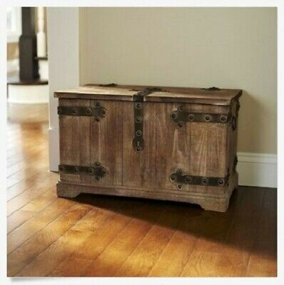 Trunk Vintage Storage Farmhouse Country Rustic Distressed Wood Chest Bedroom NEW