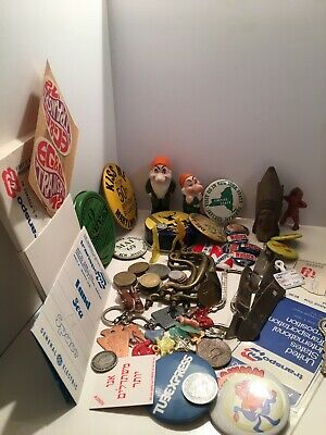 1960's VINTAGE ESTATE JUNK DRAWER LOT PINS FOREIGN COINS '72 TRANSPO EXPO (90)