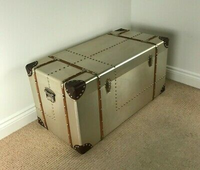 *SECOND* Extra Large Retro Vintage Style Metal & Wood Chest / TRUNK COFFEE TABLE