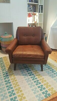 VINTAGE DANISH MID CENTURY SVEND SKIPPER LEATHER LOUNGE CHAIR: Classic design