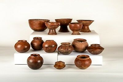 14 pieces of Pre-Columbian Nariño Pottery Ceramic Collection approximately 750BC