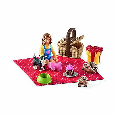 Schleich 42426 Birthday Picnic with Cat and Hedgehog Set Toy Figurines - NIP