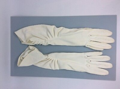 Long White Evening Gloves, vintage Small, old ladies gloves dressing up theater