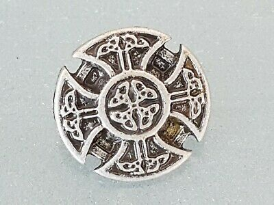 8 x CELTIC CONCHO 22 x 22 mm 925 Antique Silver plated NEW