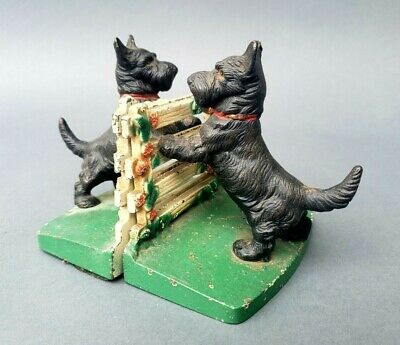 Pair Vintage Hubley Cast Iron Scottie Dog At Fence Bookends