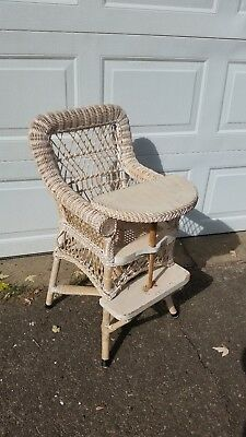 ANTIQUE WHITE Wicker Child's Chair with Attached Wood Tray