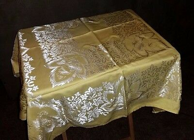 Vintage Damask Tablecloth & Four (4) Napkins Yellow Maple Leaf Canadian themed