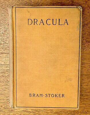 DRACULA by Bram Stoker (1897) First Edition by Grosset & Dunlap