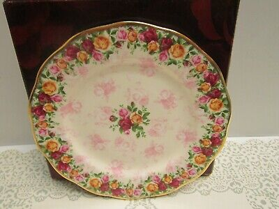 ROYAL ALBERT OLD COUNTRY ROSES PEACH DAMASK Salad / Dessert Plate NEW IN BOX
