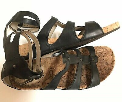 5b064349d5d LOLA CRUZ 9M Anklestrap Gladiator Flat Leather Sandal Black Red Shoe ...