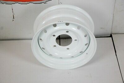Bearmach Land Rover Defender WOLF HD Wheel in White x1 ANR4583PM