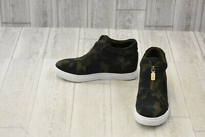 d6a45e0d9c2 NWT BLONDO WATERPROOF Sneakers Gray Suede Womens Size 9.5 - $89.00 ...