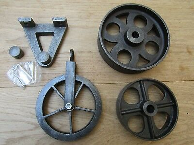 Cast Iron Vintage Old Industrial Rustic Furniture Trolley Table Wheels