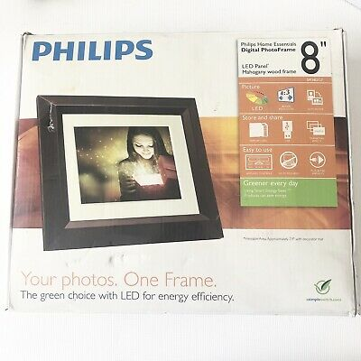 "Philips SPF3482 Home Essentials Digital PhotoFrame 8"" LCD Panel"