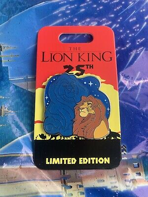 Disney Parks The Lion King 25th Anniversary Mufasa And Simba Pin LE In Hand