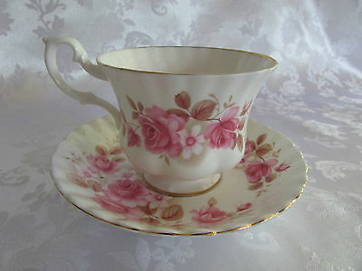 Royal Albert duo Pink Roses Made in England cup & saucer