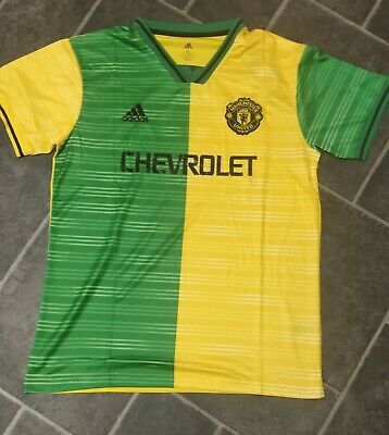 New 2019-20 Manchester United Football Jersey.New with tag