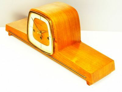Later Art Deco Westminster Chiming Mantel Clock From Hermle - Zentra