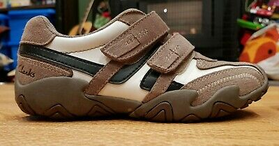 Clarks Boys Shoes - Size 1 - Lightly Used