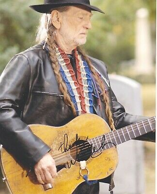 Signed Original Color Photo of Willie Nelson